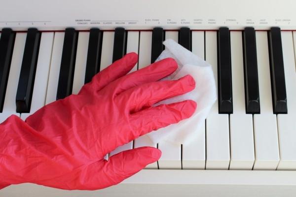 Klavier reinigen