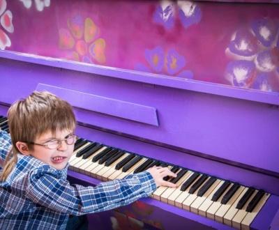 Schmerzen beim Klavier spielen vermeiden